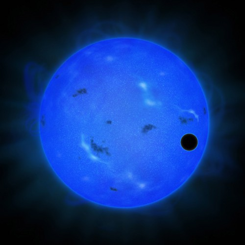 gj-1214-b-super-earth-with-water-rich-atmosphere-in-front-of-host-star.jpg